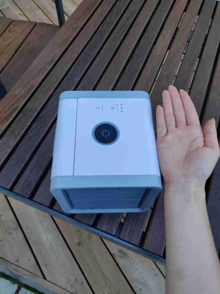 air cooler next to hand